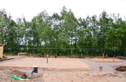Ведётся строительство водопроводной насосной станции второго подъёма с двумя резервуарами объёмом по 60 куб.метров для хранения запаса воды и поддержания водяного давления в водопроводе